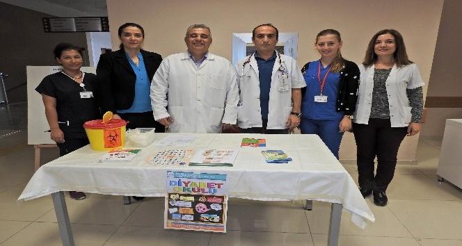 Çeşme Devlet Hastanesi'nde diyabeti anlattılar