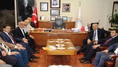 Varol: AK Parti belediyecilikte markadır