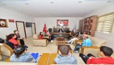 Osmaniyeli özel sporcular madalya sevinçlerini Demirle paylaştı
