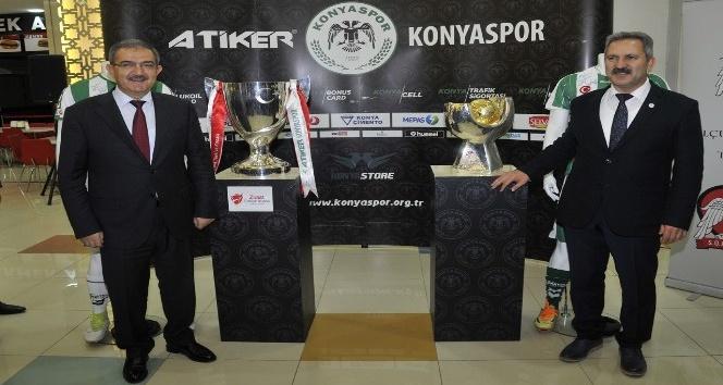 Türkiye'nin iki büyük kupası, Selçuk'ta sergileniyor
