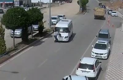 Kaza anları MOBESE'ye yansıdı