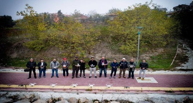 Bursa'da 20 İHA kaçak avcılar için aynı anda havalandı...