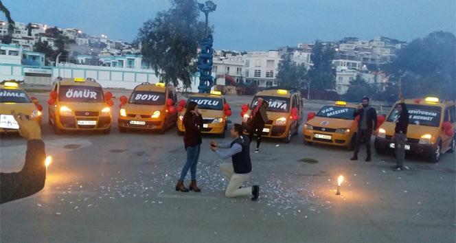 Bir anda taksiler yanaştı, genç kadın neye uğradığını şaşırdı