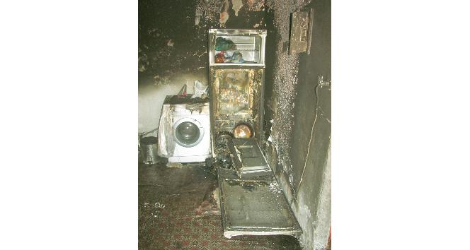 Mutfaktan gelen gürültü 6 kişilik aileyi yanmaktan kurtardı