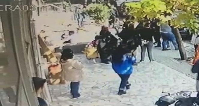 (Özel Haber) Liselilerin sopalı kavgası kamerada