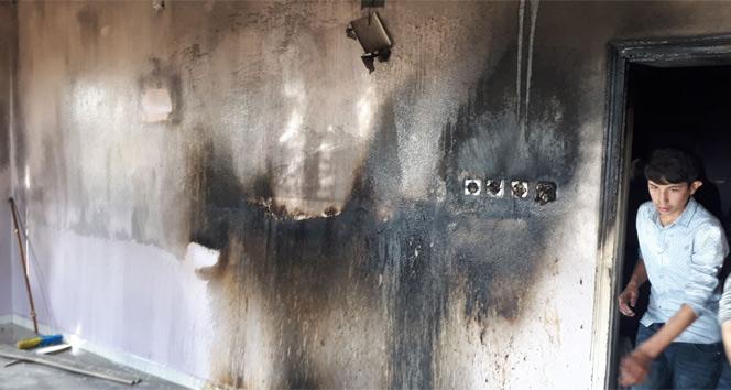 Adıyamanda elektrik kontağından çıkan yangın paniğe neden oldu