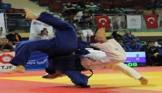 1. Lig Judo müsabakaları Düzcede başladı