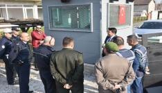 Kaymakam Demiryürek polisleri ziyaret etti