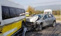 Bursada minibüs ile cip çarpıştı: 9 yaralı