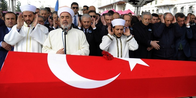 Efsane halterci Naim Süleymanoğlu son yolculuğuna uğurlandı