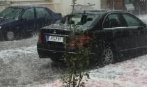 Mersin'de dolu yağışı etkili oldu