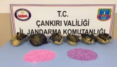 Uyuşturucu tacirleri Sakaryadan düğmeye basılan operasyonla Çankırıda yakalandı