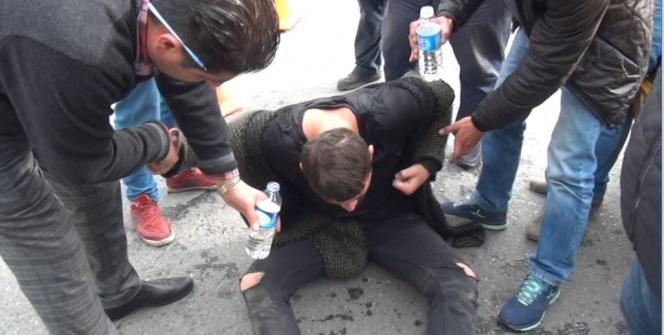 Taksim'de uyuşturucu maddenin etkisindeki genç yere yığıldı