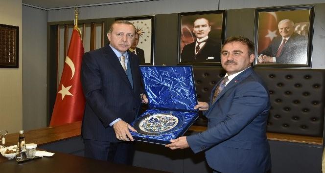 Başkan Çimen, Cumhurbaşkanı ve Gümüşhane halkına teşekkür etti
