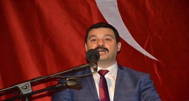 "MHPli Öztürk: ""Yerli elektrikli otomobil üretiminin üssü Manisa olmalıdır"""