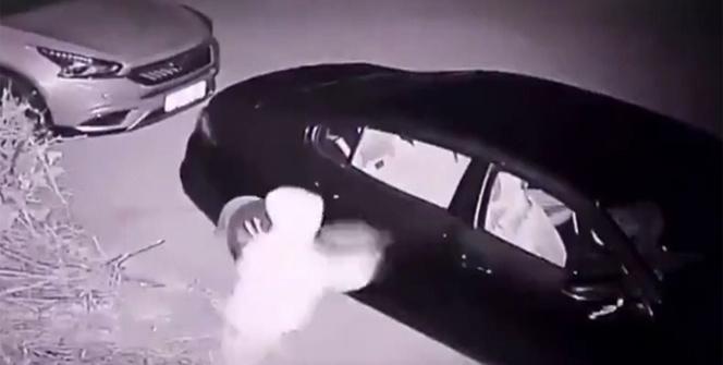 Hırsızın attığı taş başını yardı