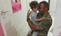 2 aydır göremediği babasına kavuştu, Türkiyeyi ağlattı