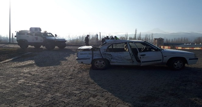 Iğdırda trafik kazası: 1 ölü, 2 yaralı