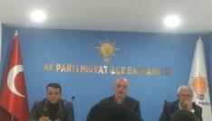 AK Parti Midyat İlçe Başkanlığı muhtarlarla bir araya geldi