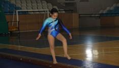 Erzincanda Özel Sporcular Jimnastik şampiyonası yapıldı