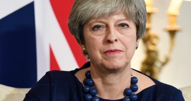 İngiltere Başbakanı Maye suikast girişimi engellendi