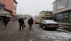 Vartoda kar yağışı
