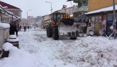 Bingölde kar 52 köy yolunu ulaşıma kapattı