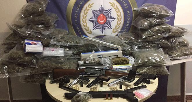 Bursa'da bir ayda 87 kişi uyuşturucudan tutuklandı !
