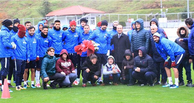 Trabzonspor, yağmur altında çalıştı: