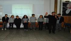 Ünlü oyuncu İğdigül, Bayramiçte öğrencilere seminer verdi