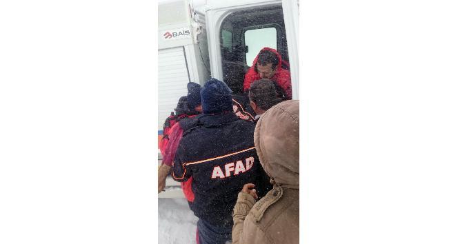 Donmak üzere olan çoban AFAD ekiplerince son anda kurtarıldı