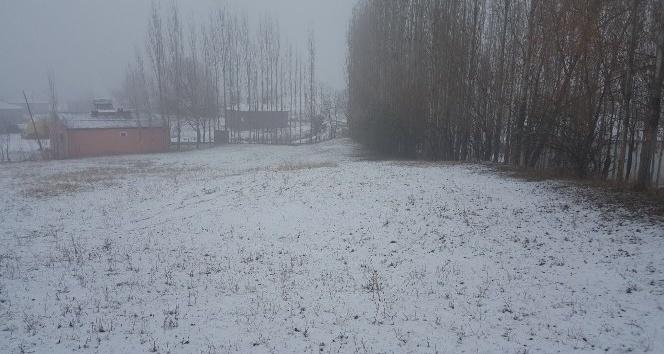 Iğdırda kar yağışı