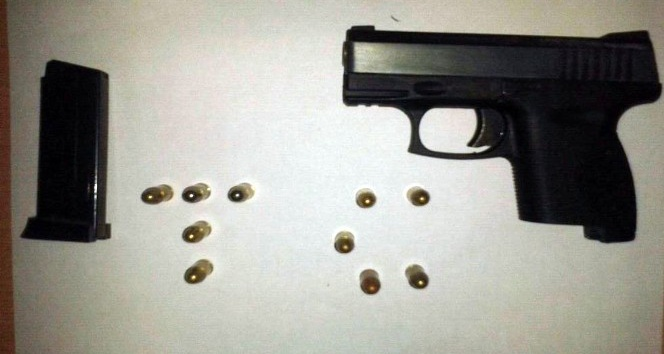 Maltepe'de polise saldıran 4 şüpheli yakalandı