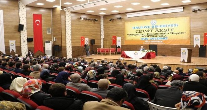 Prof. Dr. Cevat Akşit, Haliliyelilere Peygamberimizin hayatını anlattı