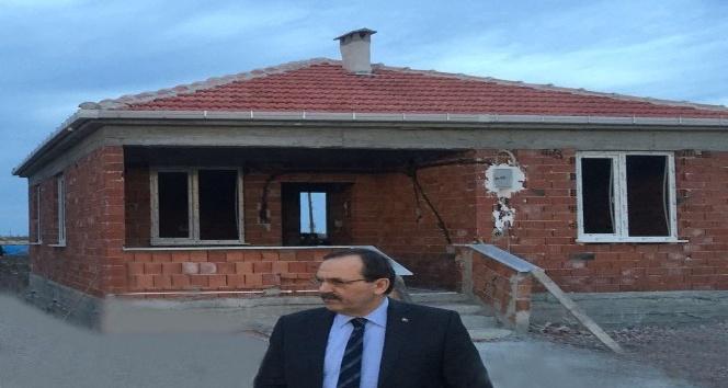 Bafra Belediyesinden evi yanan ailelere destek