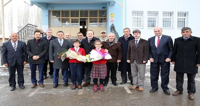 Şehit Oktay Altuntaş İlkokulu Z Kütüphanesi açıldı
