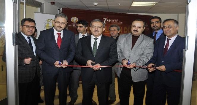 Selçuk'ta 'Harflerin Dili' Sergisi açıldı