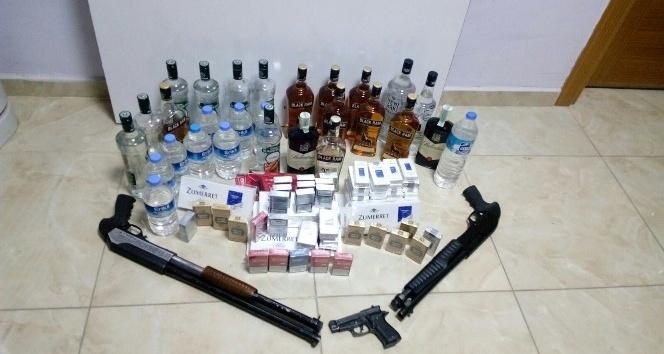 Yakakent'te kaçak içki ve sigara ele geçirildi