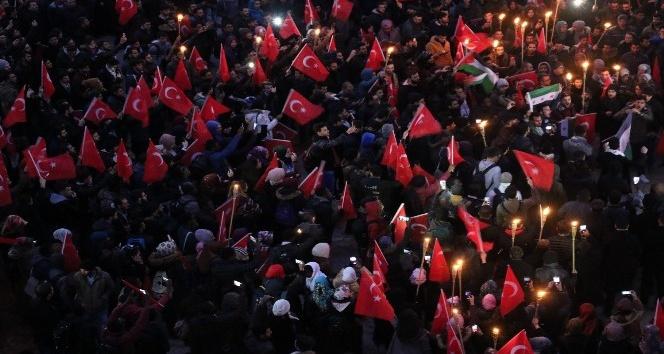 Karabük Üniversitesi'nde binler Kudüs için yürüdü