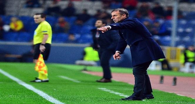 UEFA Avrupa Ligi: Medipol Başakşehir: 1 - Braga: 0 (İlk yarı)