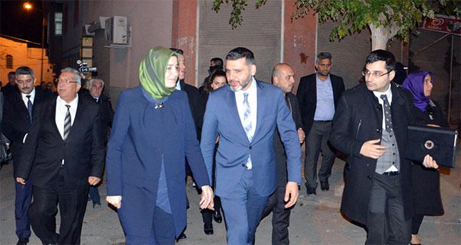 Bakan Kaya Kiliste şehit ailesini ziyaret etti
