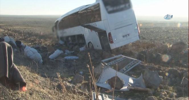 Diyarbakır-Şanlıurfa yolunda otobüs devrildi