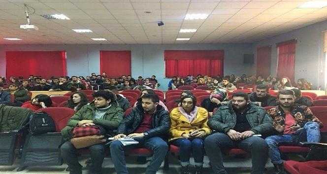 Şaphane Meslek Yüksekokulu'nda 'Dilimiz kimliğimizdir' konulu konferans