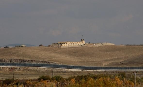 YPG, Fırat kıyısında karakollar kurdu