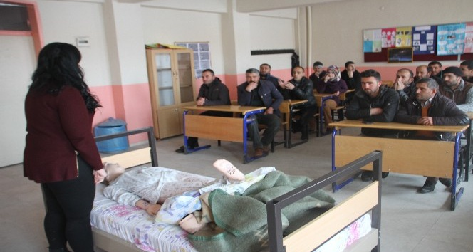 Malazgirt Belediyesi personeline ilkyardım eğitimi