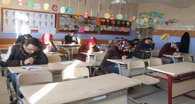 Silopide aday öğretmenlere yönelik deneme sınavı