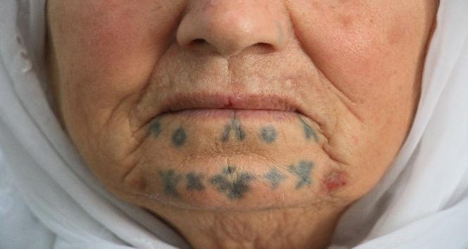 Dövmeli kadınlar, binlerce yıllık geleneği yıkmak istiyor