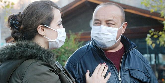 24 yıldır hasta olan kocasına böbreğini verdi