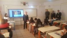 Kaymakam Yaman, Necatibey Ortaokulunu ziyaret etti