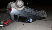 Adanada otomobil takla attı: Kadın sürücü yaralandı